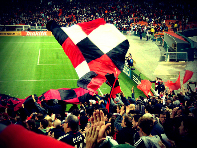 D.C. United takes on L.A. Galaxy in 2011.