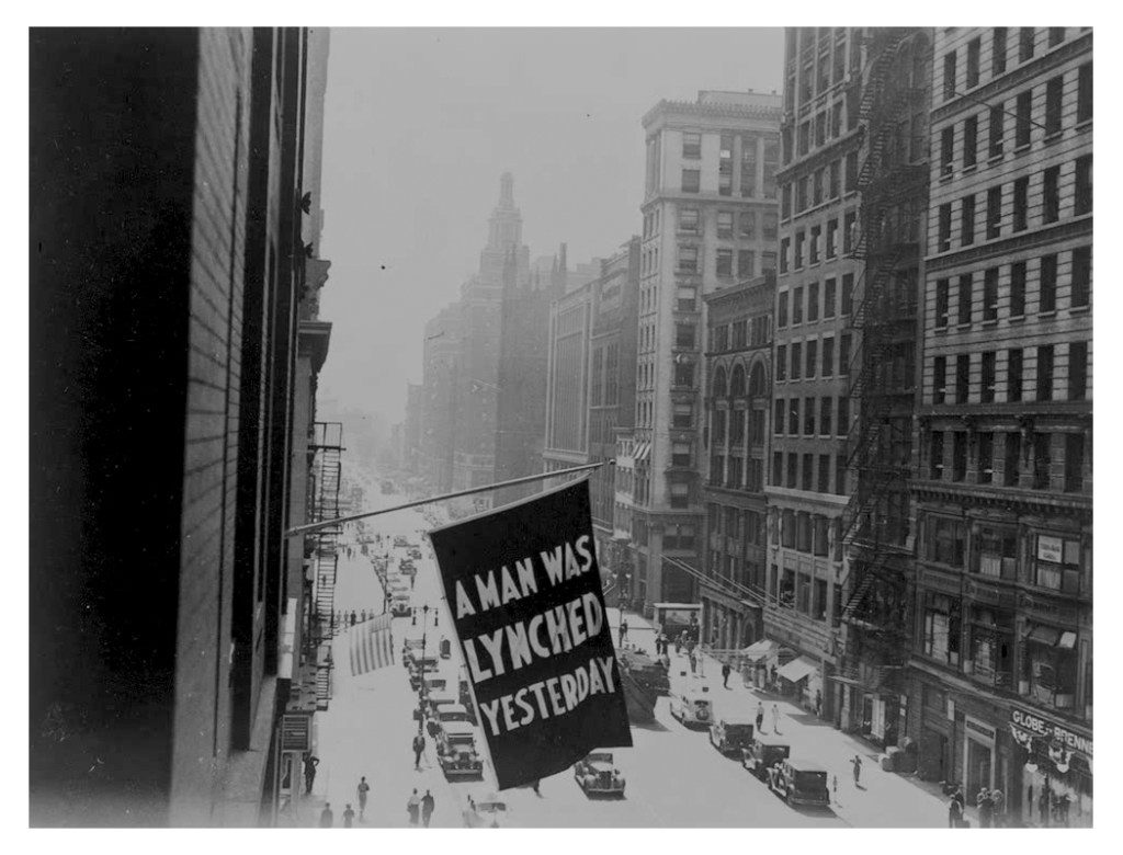 Between 1920 and 1938, the NAACP flew a flag outside its headquarters on Fifth Avenue in New York City.