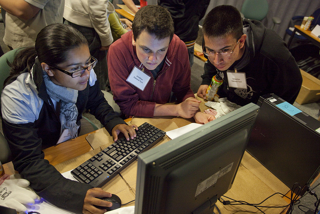 Computing Sciences outreach program for high school students