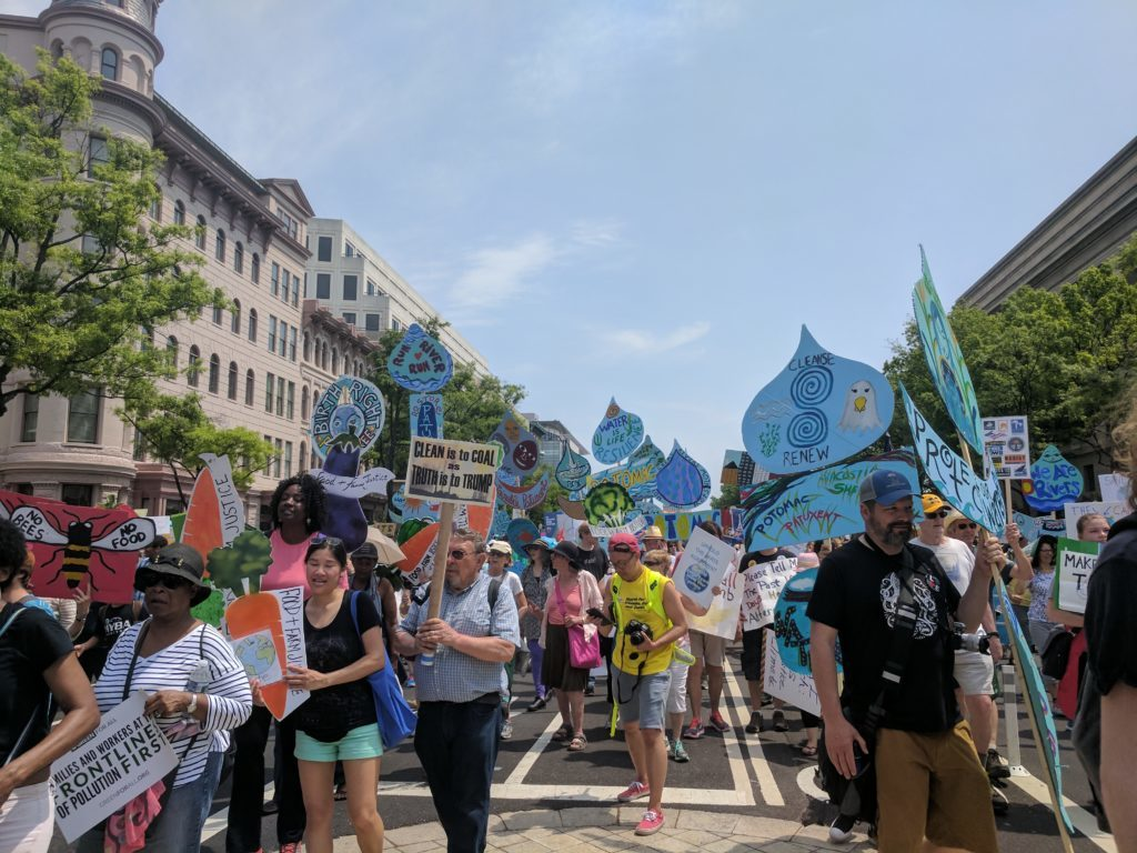 Thousands of people showed up to the People's Climate March in 2017. <i>Rachel Sadon/DCist</i>