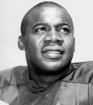 Willie Wood Sr. played with the Green Bay Packers from 1960 to 1971